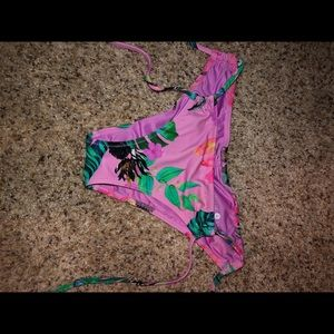 Shade & Shore bikini bottoms